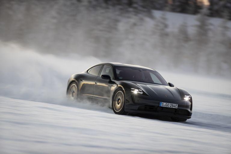 2020 Porsche Taycan 4S 570882