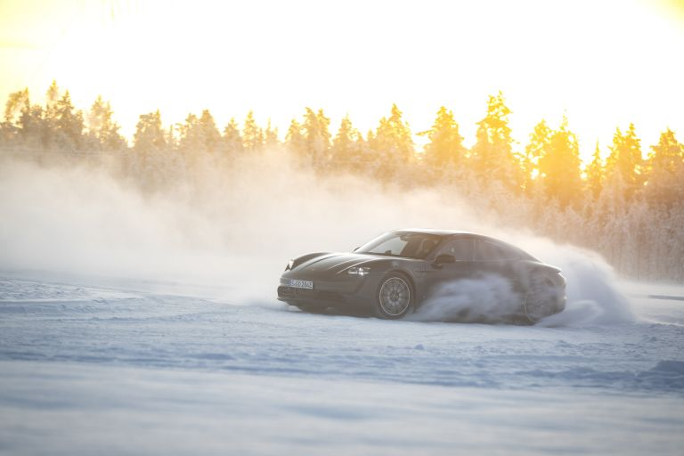 2020 Porsche Taycan 4S 570889