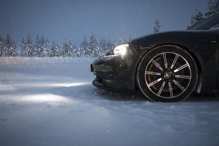 2020 Porsche Taycan 4S 570893