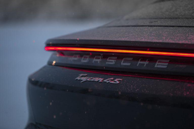 2020 Porsche Taycan 4S 570897