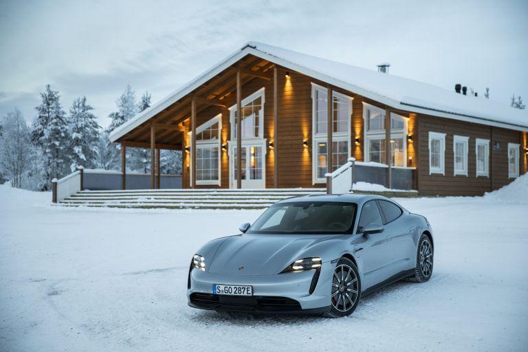 2020 Porsche Taycan 4S 570902