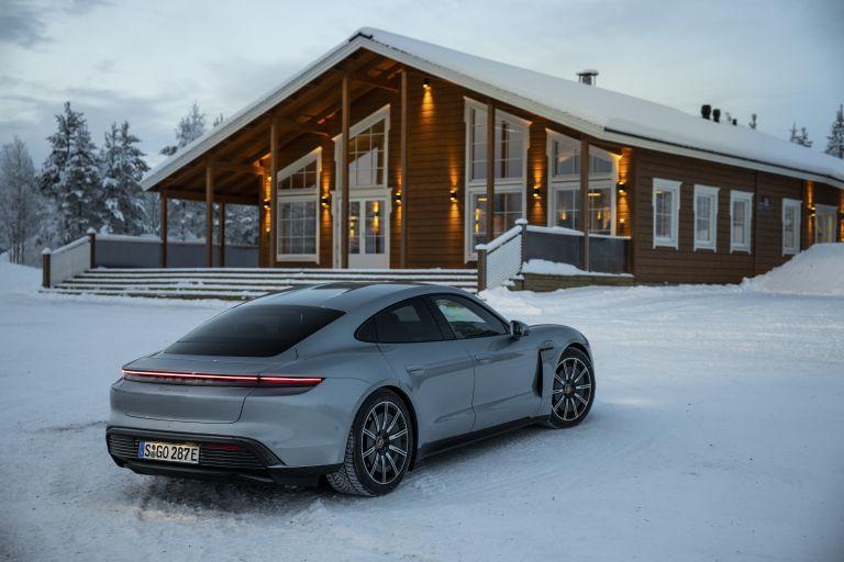 2020 Porsche Taycan 4S 570903