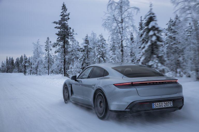 2020 Porsche Taycan 4S 570917