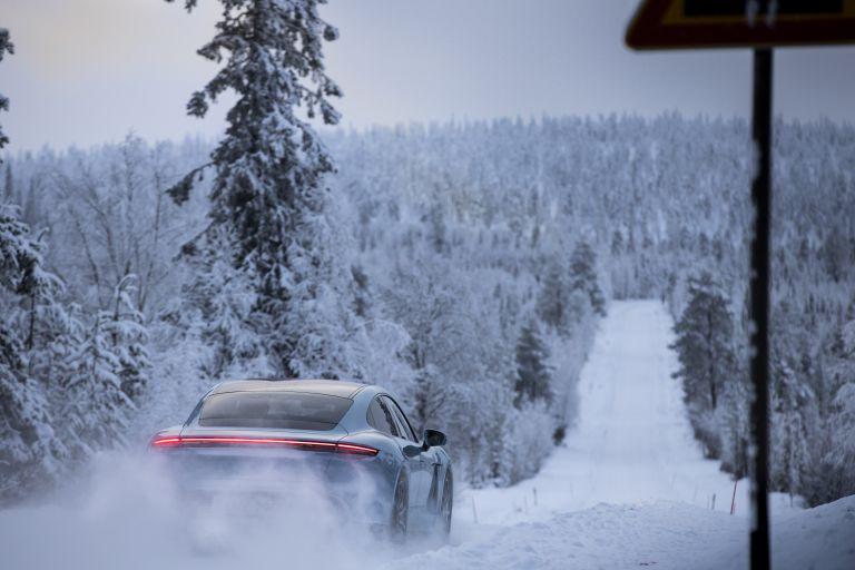 2020 Porsche Taycan 4S 570922