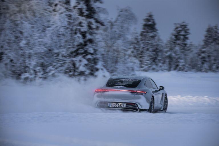 2020 Porsche Taycan 4S 570924