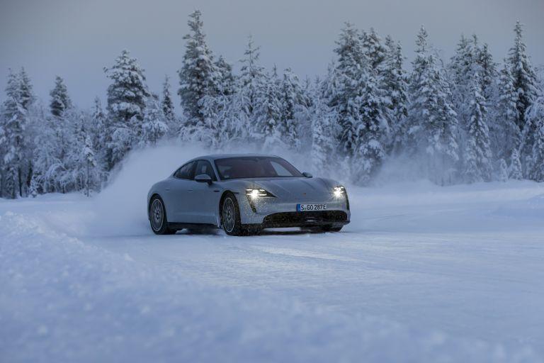 2020 Porsche Taycan 4S 570927
