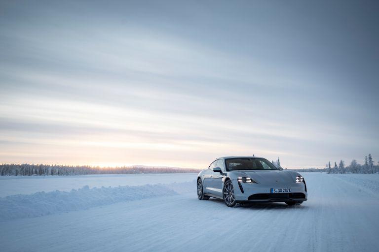 2020 Porsche Taycan 4S 570934