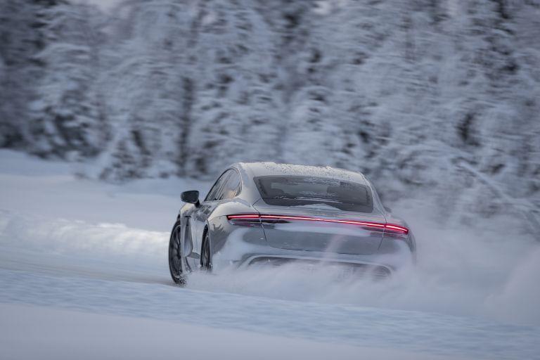 2020 Porsche Taycan 4S 570941