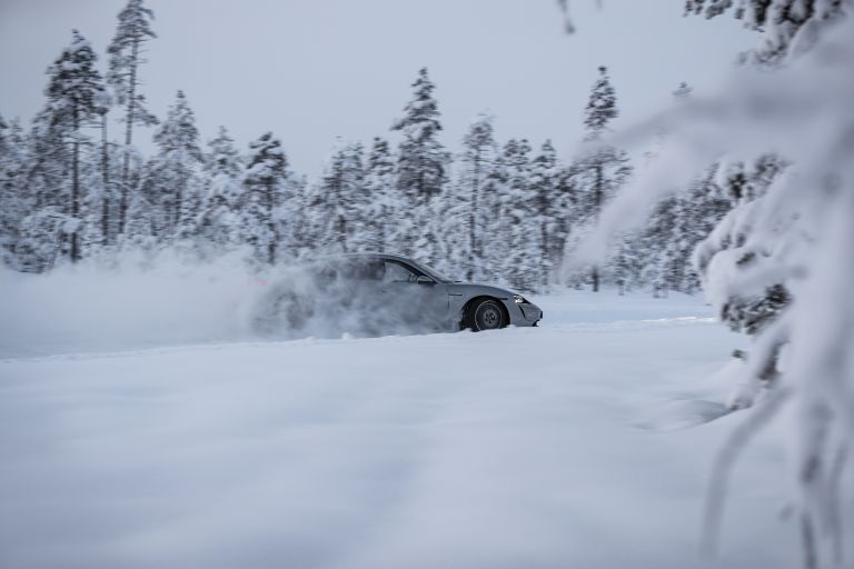 2020 Porsche Taycan 4S 570943
