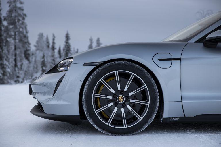 2020 Porsche Taycan 4S 570947