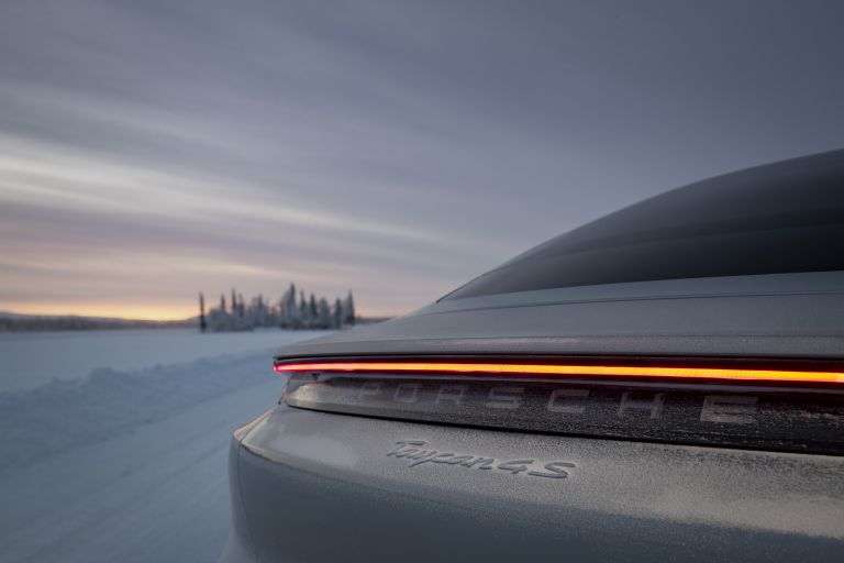 2020 Porsche Taycan 4S 570951