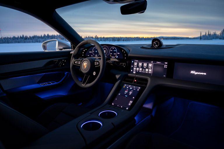 2020 Porsche Taycan 4S 570955