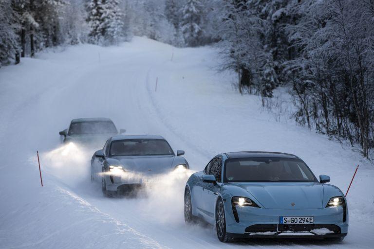 2020 Porsche Taycan 4S 570961