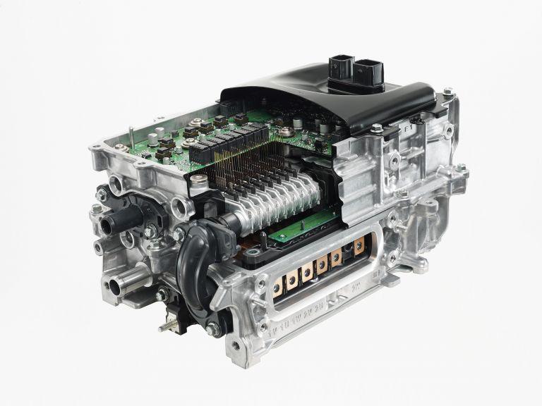 2020 Toyota Yaris hybrid 564530