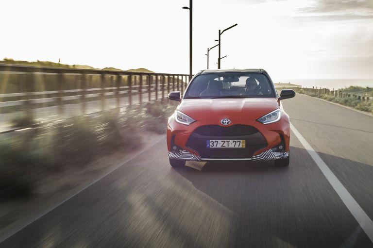 2020 Toyota Yaris hybrid 576914