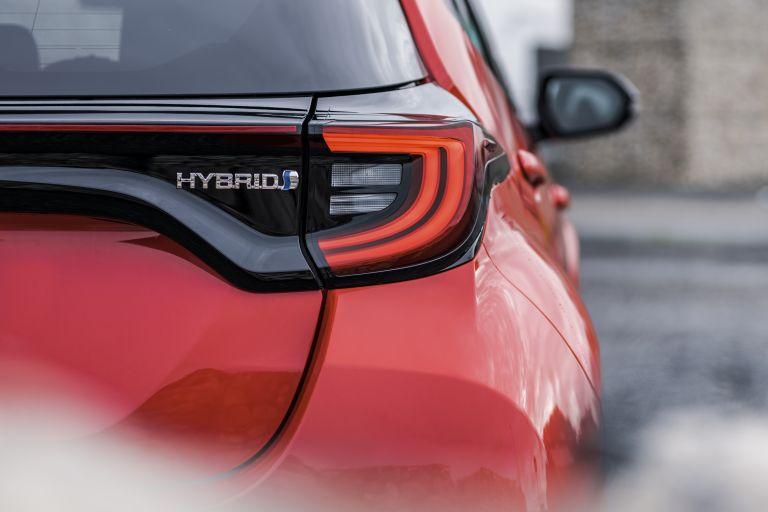 2020 Toyota Yaris hybrid 576969