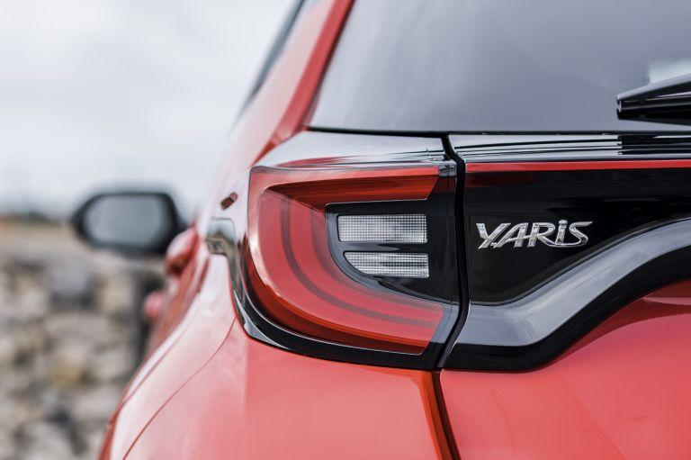 2020 Toyota Yaris hybrid 576973