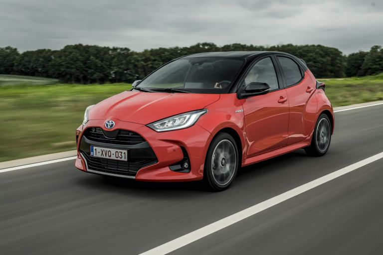 2020 Toyota Yaris hybrid 593310