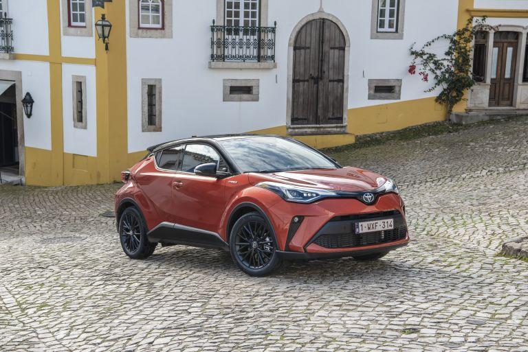 2020 Toyota C-HR 566920