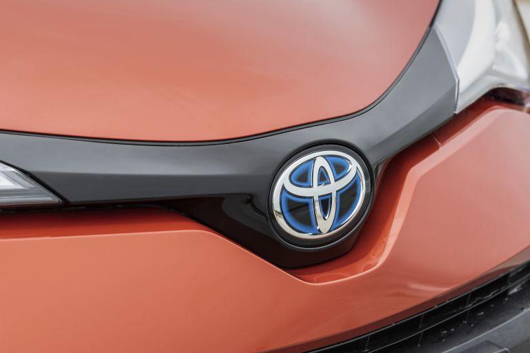 2020 Toyota C-HR 566980