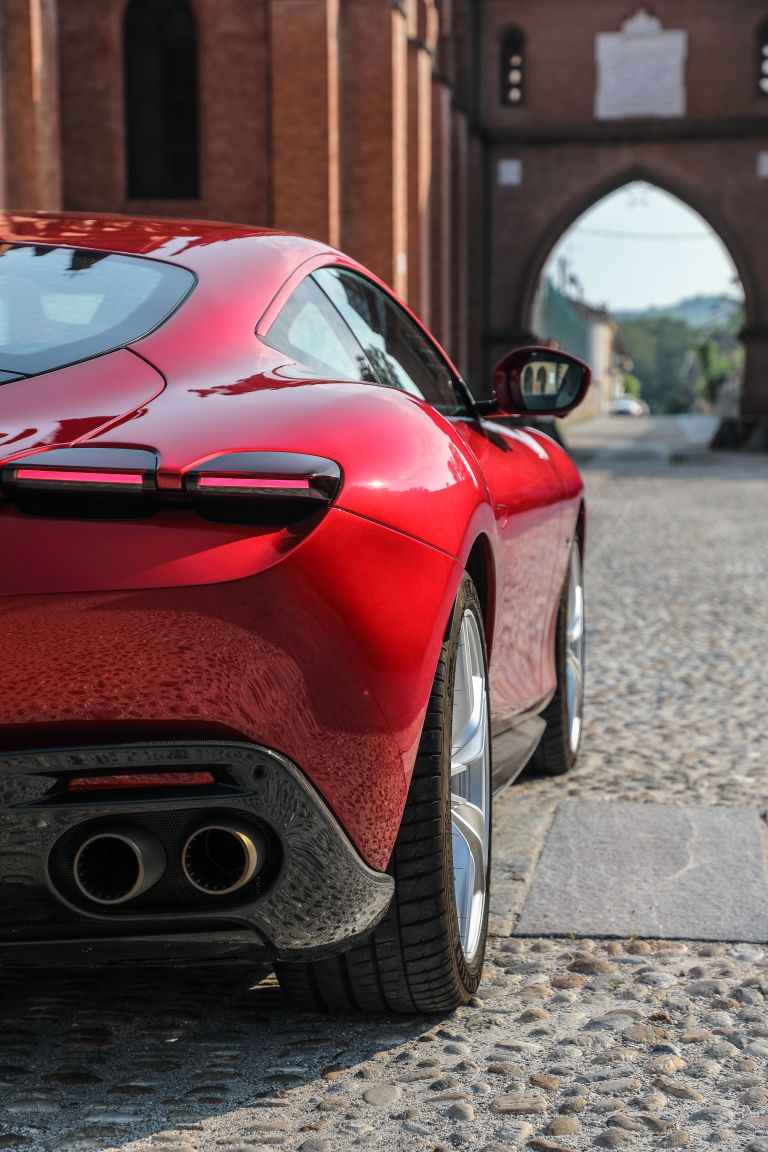2020 Ferrari Roma Free High Resolution Car Images