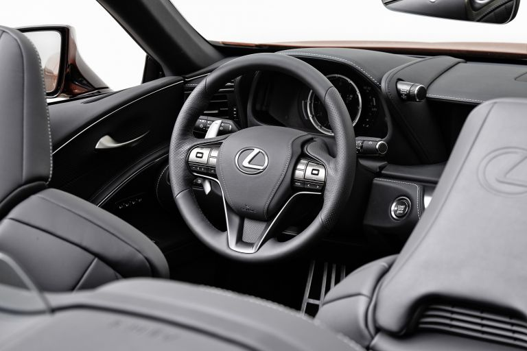 2021 Lexus LC 500 convertible 599709