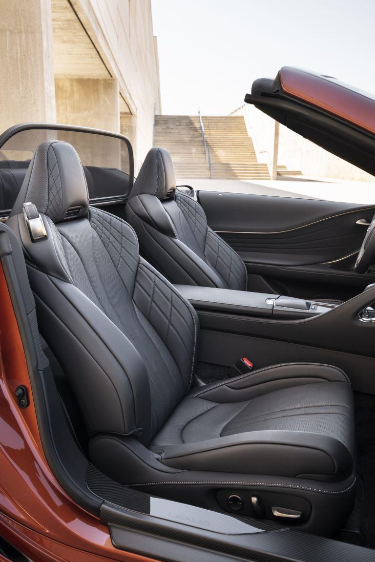 2021 Lexus LC 500 convertible 600947