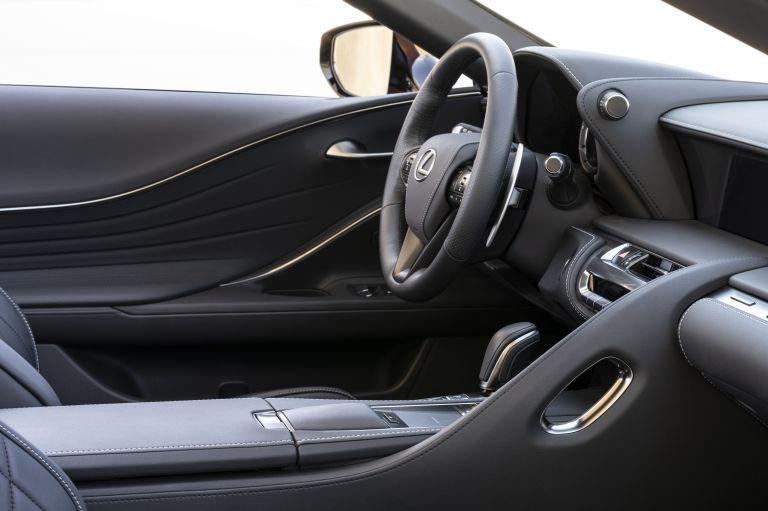 2021 Lexus LC 500 convertible 600956
