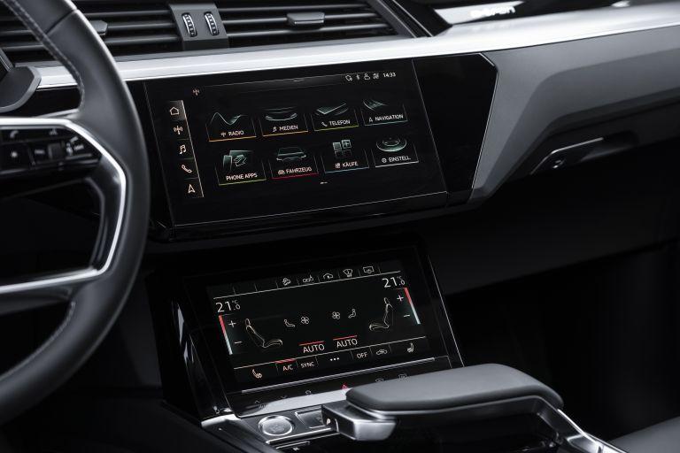 2020 Audi e-Tron Sportback 584960