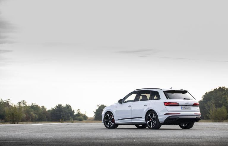 2020 Audi Q7 TFSI e quattro 571236