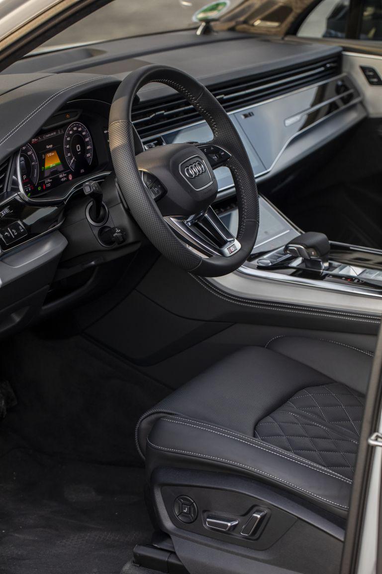 2020 Audi Q7 TFSI e quattro 571265