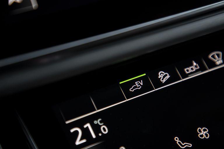 2020 Audi Q7 TFSI e quattro 571273