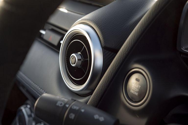 2020 Mazda 2 - UK version 573277