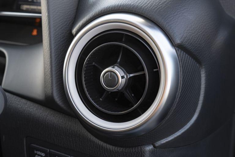 2020 Mazda 2 - UK version 573279