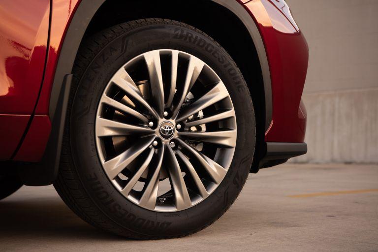 2020 Toyota Highlander Platinum Hybrid AWD 573175