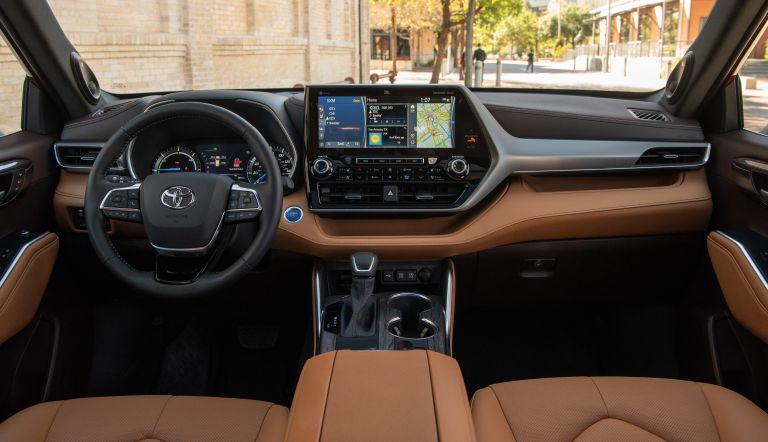 2020 Toyota Highlander Platinum Hybrid AWD 573186