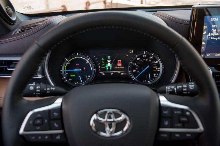 2020 Toyota Highlander Platinum Hybrid AWD 573193