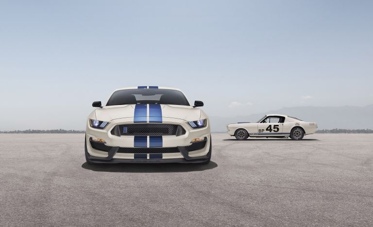 2020 Ford Mustang Shelby GT350 with Heritage Edition Package 573232
