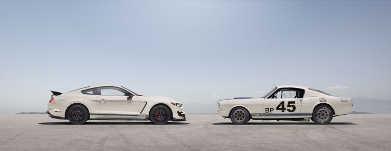 2020 Ford Mustang Shelby GT350 with Heritage Edition Package 573236