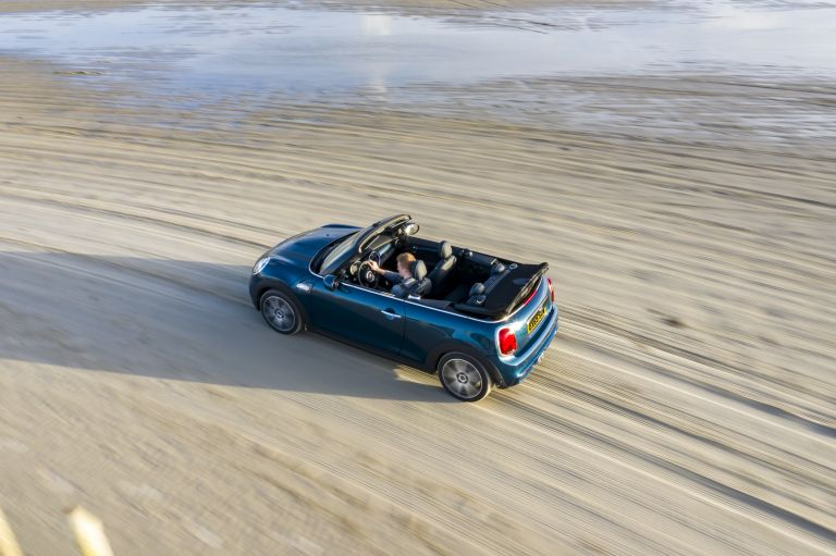 2020 Mini Cooper S ( F57 ) Sidewalk convertible 573684