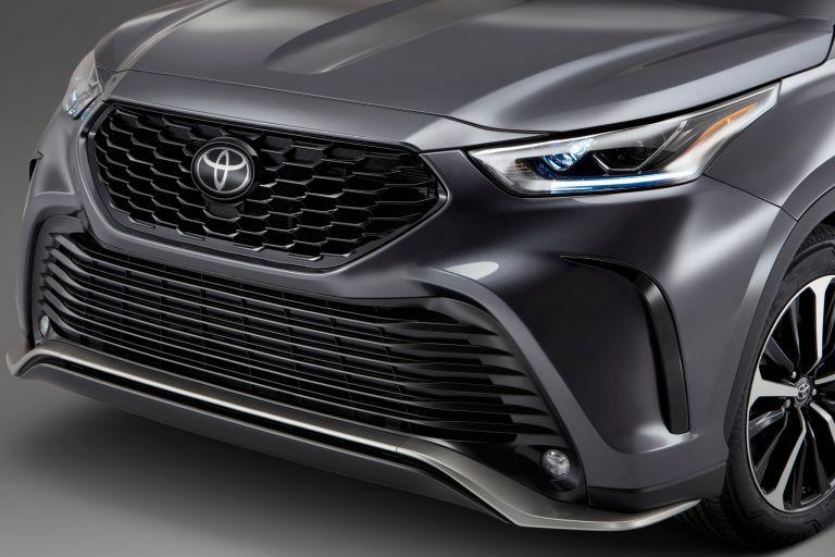 2021 Toyota Highlander XSE 576450