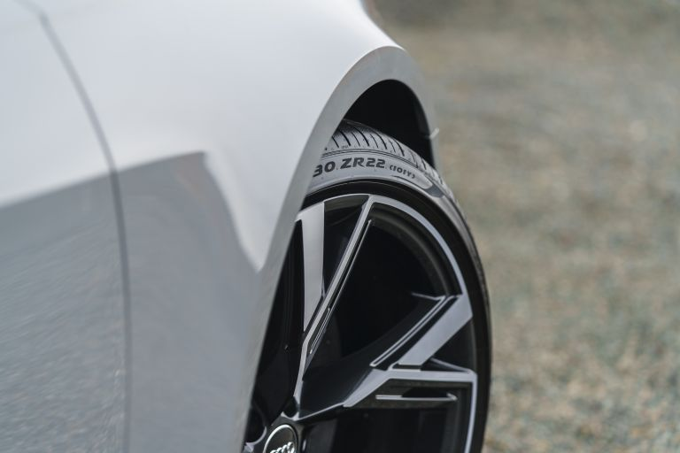 2020 Audi RS6 Avant - UK version 577405