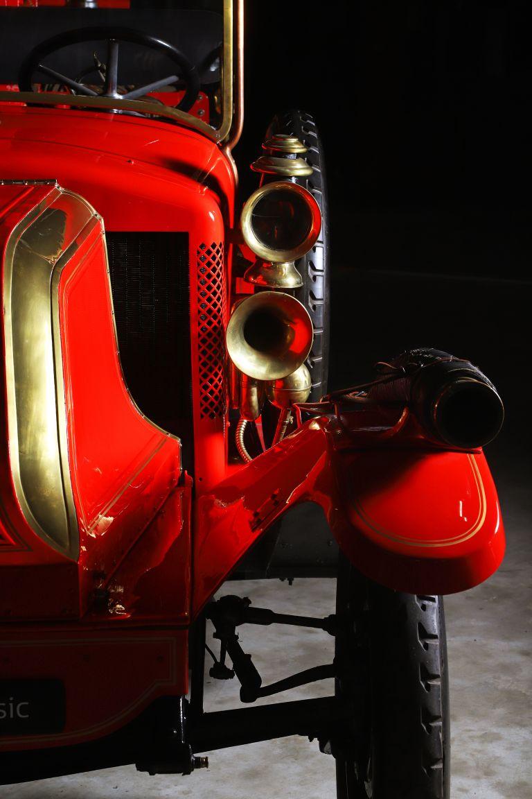 1929 Renault Type LO Firetruck 578649