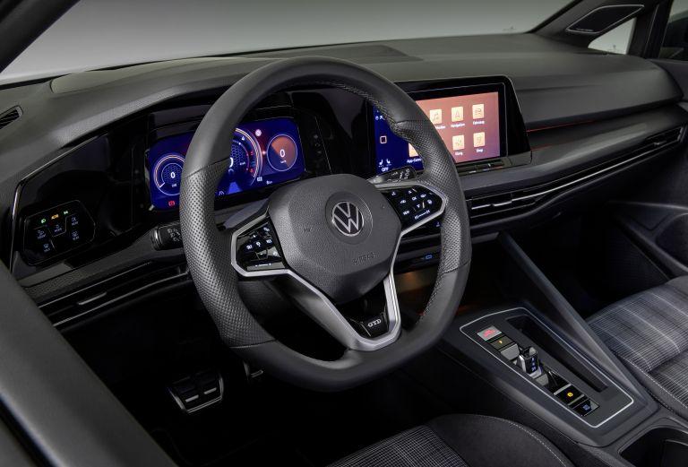 2020 Volkswagen Golf ( VIII ) GTD 578800