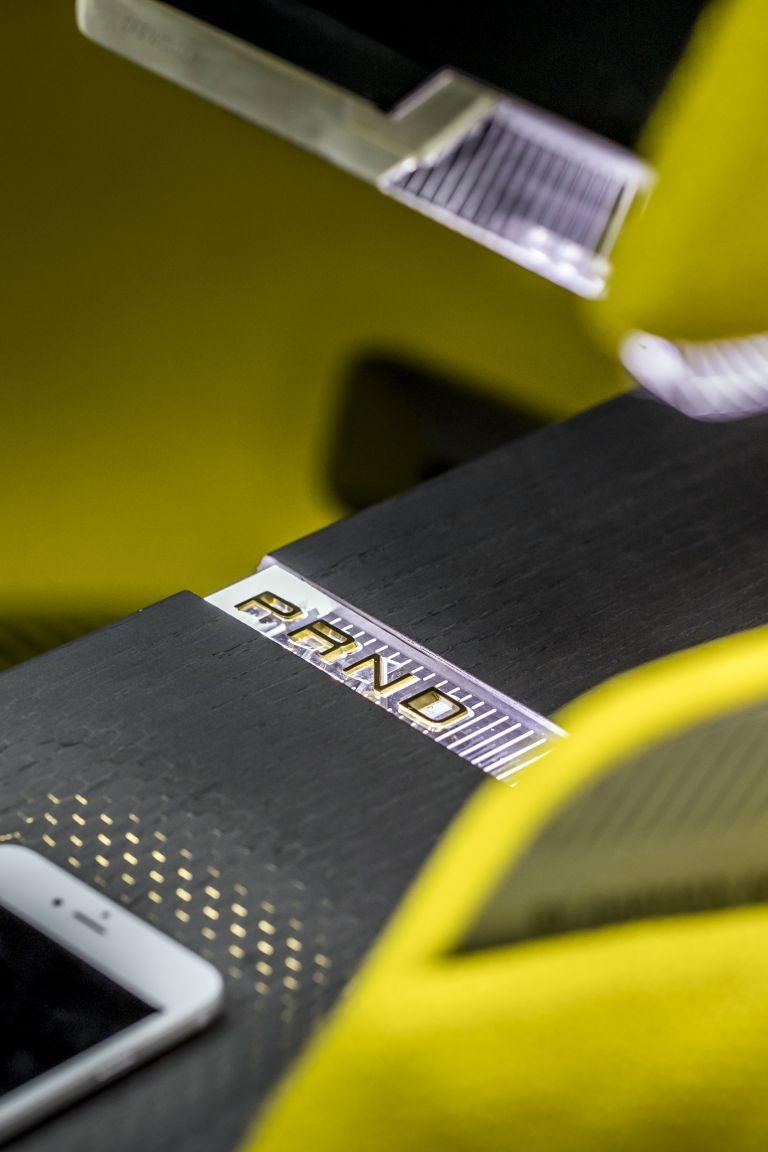 2020 Renault Morphoz concept 579540