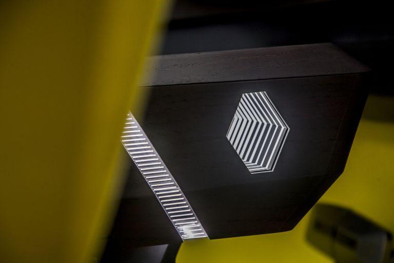 2020 Renault Morphoz concept 579548