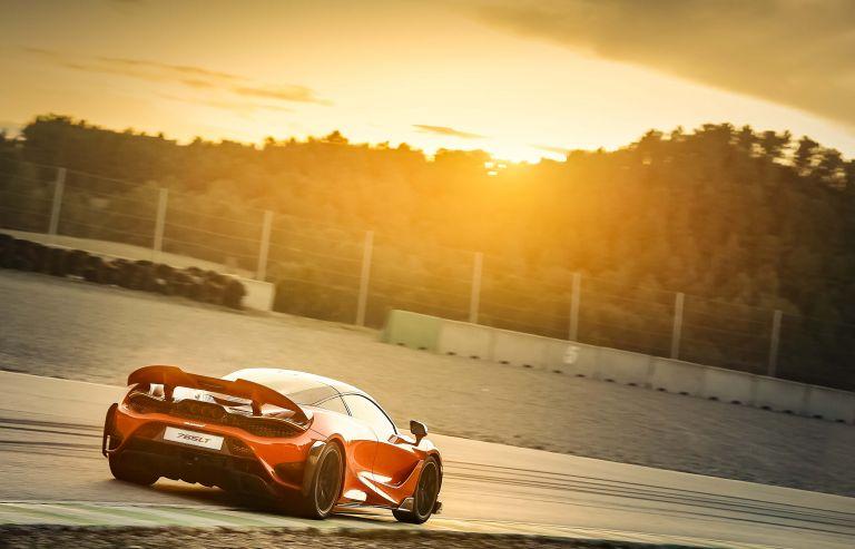 2020 McLaren 765LT 580011