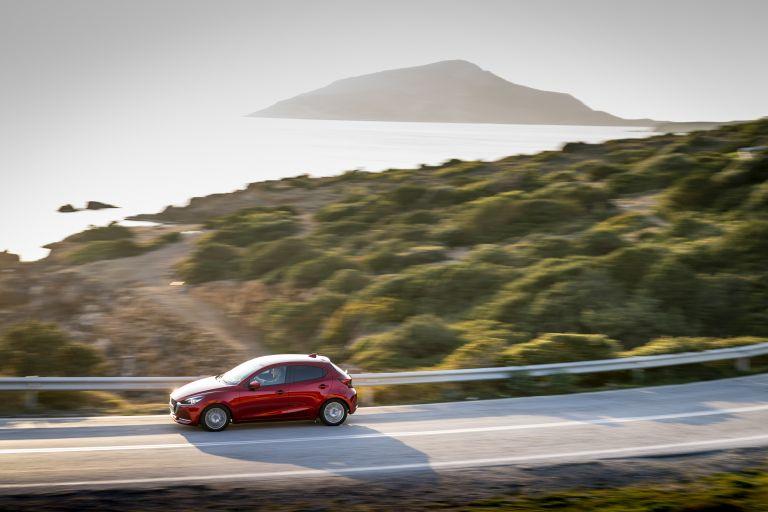 2020 Mazda 2 580895