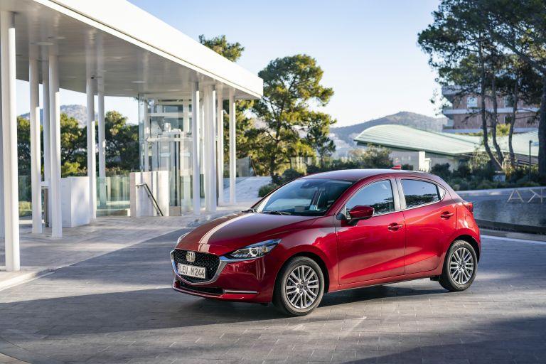 2020 Mazda 2 580950