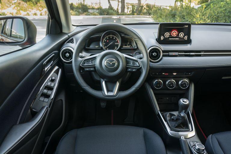 2020 Mazda 2 580983